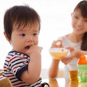 Khắc phục chứng khó tiêu ở trẻ