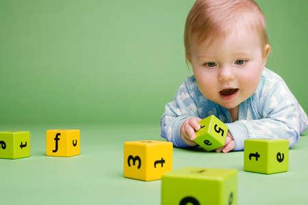 Nhà có 5 đồ chơi này, trí thông minh của con tăng ầm ầm khiến bố mẹ mát mặt với hàng xóm