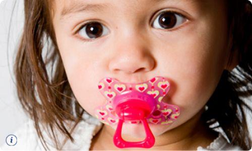 Làm gì khi trẻ có tật nghiến răng?