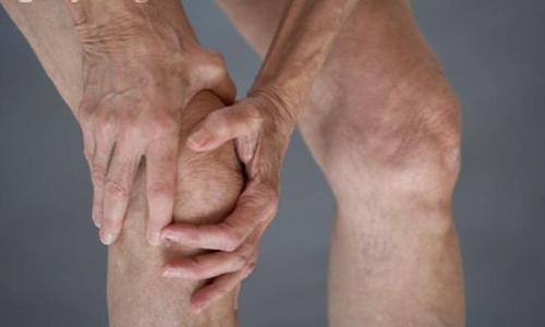 Người cao tuổi mắc bệnh khớp nên tập luyện thế nào?