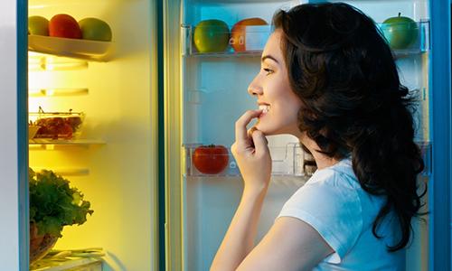 Những thực phẩm tuyệt đối không nên ăn trước khi ngủ