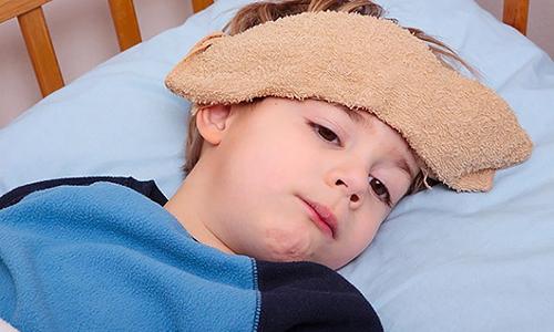 Nhận biết 4 dấu hiệu phát hiện trẻ bị viêm phổi
