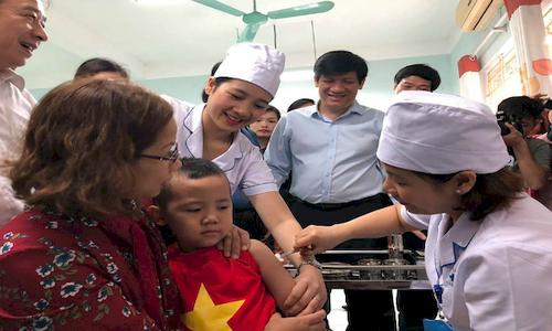 Bộ Y tế huy động toàn dân chống dịch bệnh mùa thu