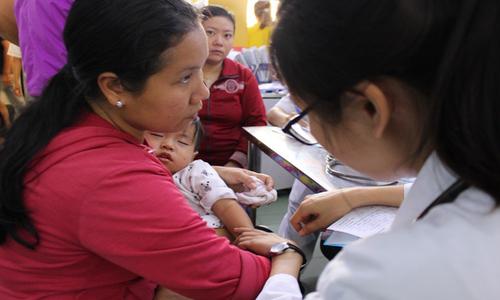 Lệch thời gian chích vắc xin sởi đang tạo lỗ hổng miễn dịch