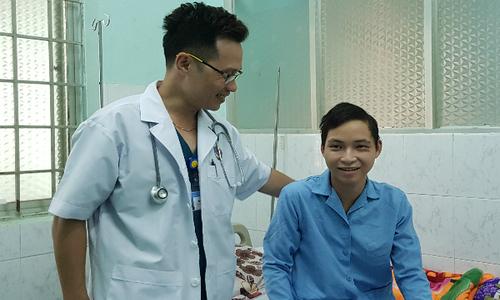 Trắng đêm chuyển máy lọc máu lên Tây Nguyên cứu chàng trai viêm não