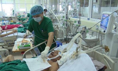 [Hà Nội] Nắng nóng vẫn gia tăng bất thường bệnh nhân cúm biến chứng nặng, tử vong