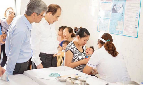Sử dụng đồng thời hai loại vắc xin 5 trong 1 trong tiêm chủng mở rộng
