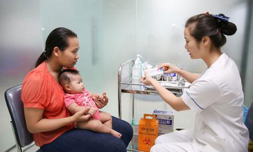 Đưa vắc xin mới vào tiêm chủng mở rộng: Có đáp ứng yêu cầu?