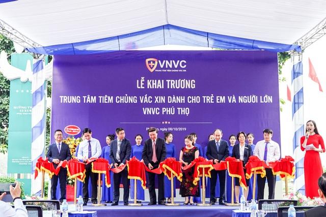 he-thong-tiem-chung-vnvc-khai-truong-trung-tam-moi-tai-viet-tri-phu-tho-1